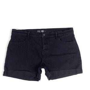 ⭐️ Old Navy Semi-Fitted Black Cuffed Denim Shorts
